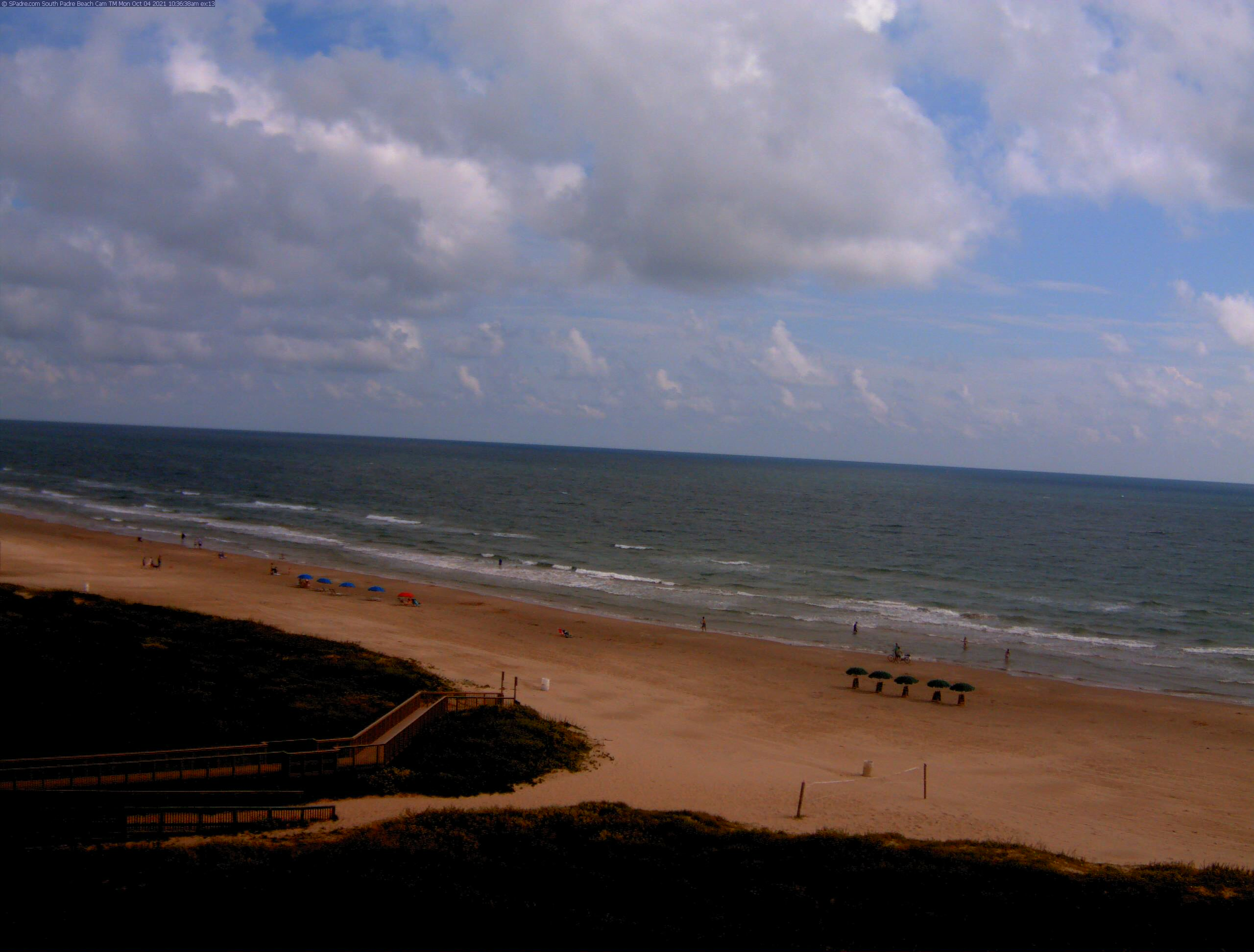 South Padre Beach Cam - Click for new high resolution image - hours 7:00am to 6:00pm - new image every few seconds